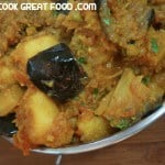 How-To-Cook-Great-Food-HTCG-curry-eggplant-aubergine-brinjal-aloo-potato-indian-vegan