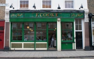 How-to-Cook-Great-Food-pie-mash-liquor-british-food-recipes-jellied-eels-fish-london-6